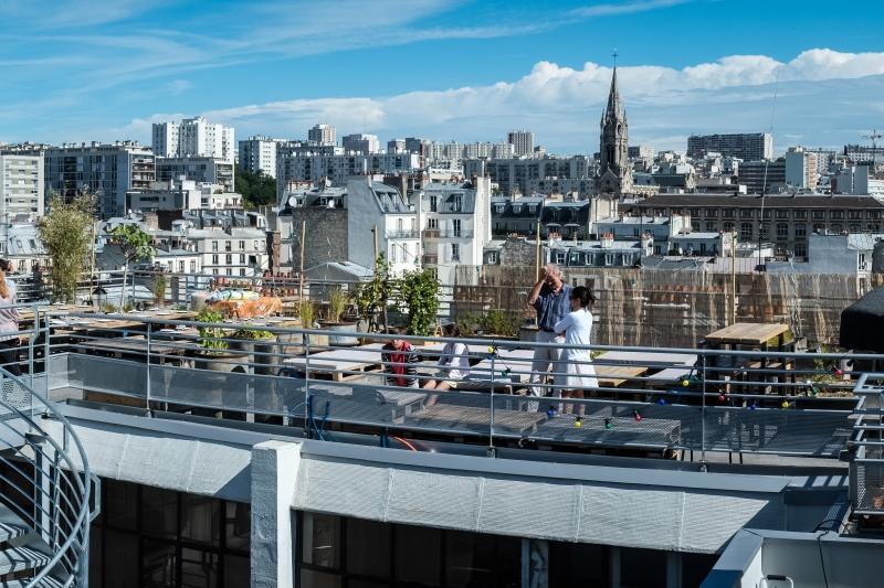 le perchoir le rooftop cach de paris. Black Bedroom Furniture Sets. Home Design Ideas