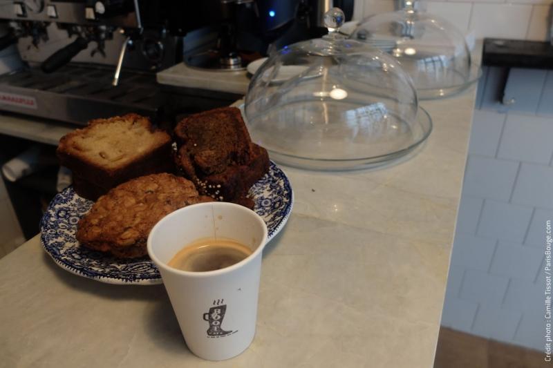 boot café coffee shop paris marais starbucks
