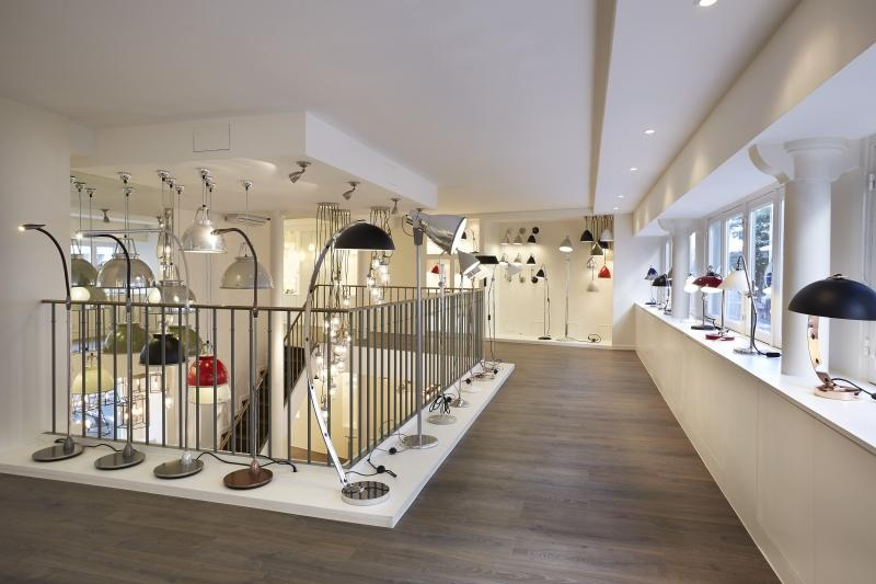btc luminaire gallery of luminaires entre pillar lampe btc with btc luminaire best original. Black Bedroom Furniture Sets. Home Design Ideas