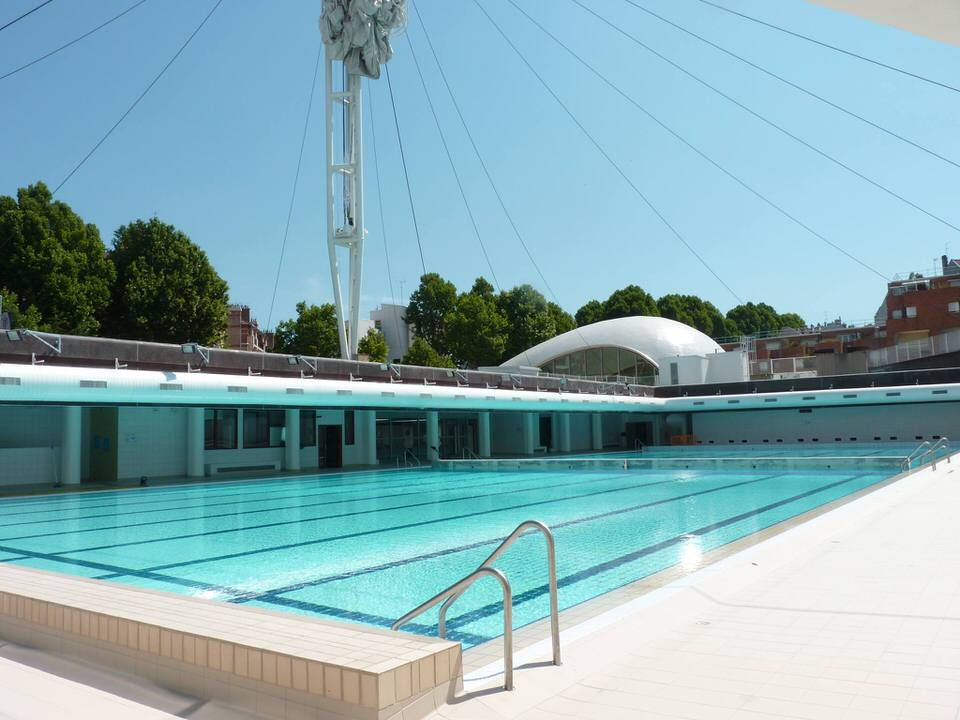 Les 10 plus belles piscines paris for Piscine 20eme