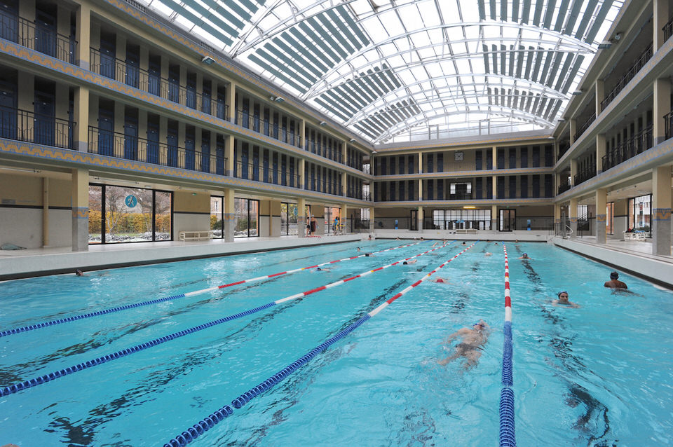 Les 10 plus belles piscines paris for Piscine 50m paris