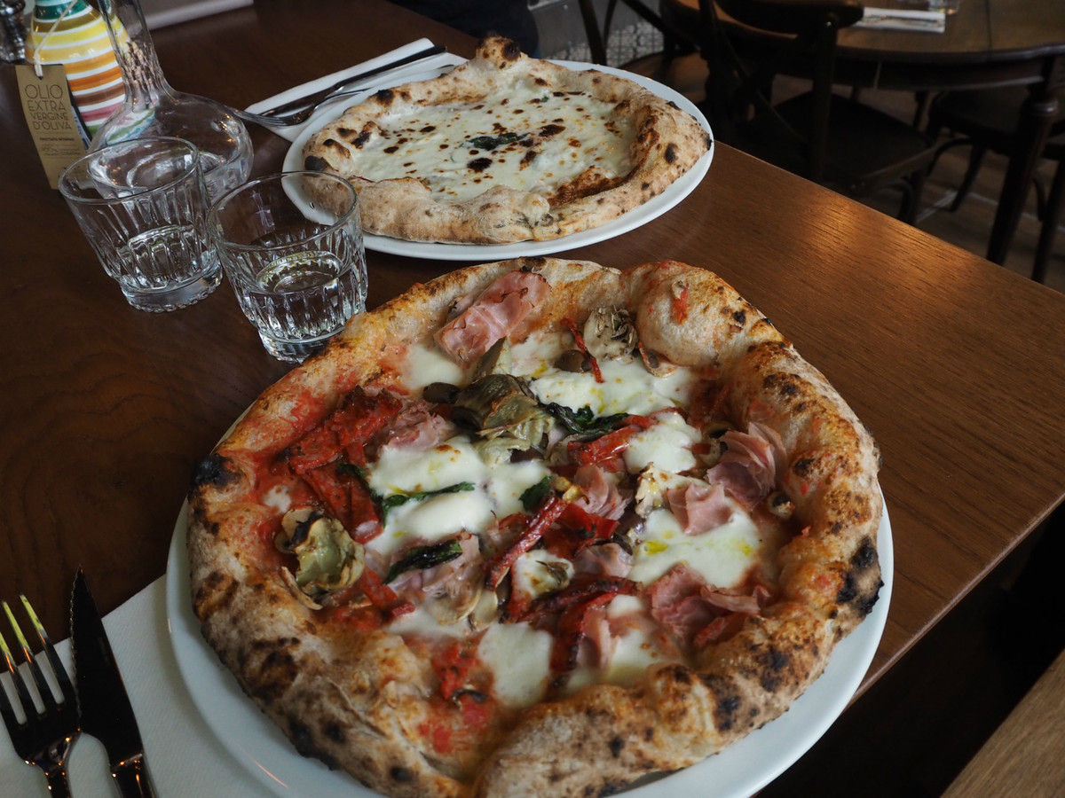 Pizzeria Bijou Pizza Gourmet Dans Le 18 Me