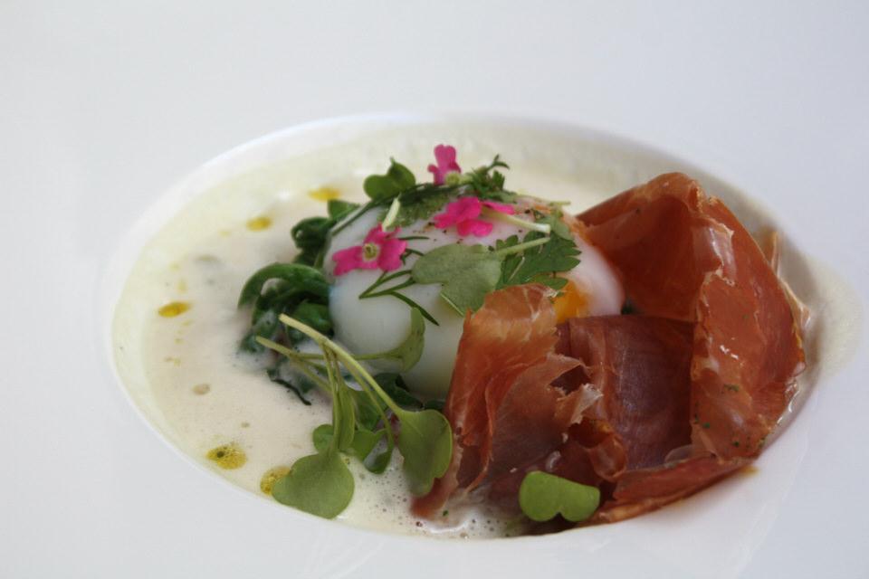 https://d2ghx89bmumb3r.cloudfront.net/news-upload/2907/pertinence-restaurant-paris-tdubled-parisbouge-5-255850647.jpg