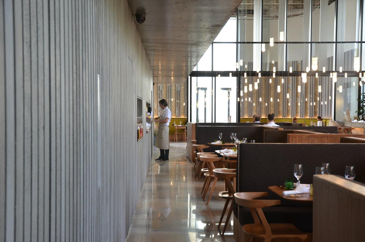 Restaurant Les Grands Verres Au Palais De Tokyo