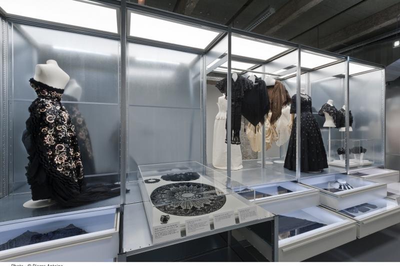 La cit de la mode et du design le jour for Maison de la mode et du design paris